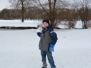 Snowball fighting in the English Garden