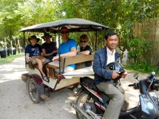 Tuk tuk to Siem Reap.