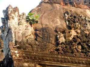 Bas relief on Angkor Wat.